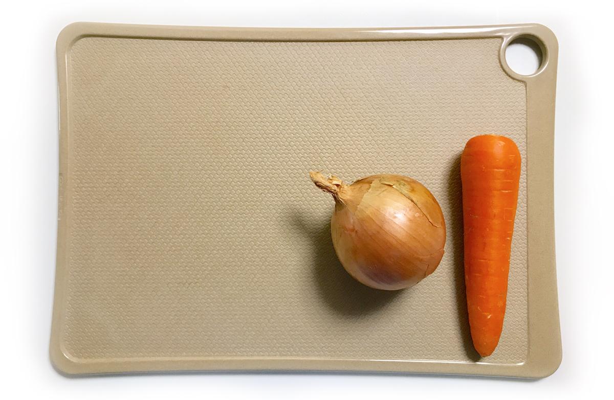 天然素材・お米のもみ殻でできたRice Wareの抗菌まな板 大サイズ