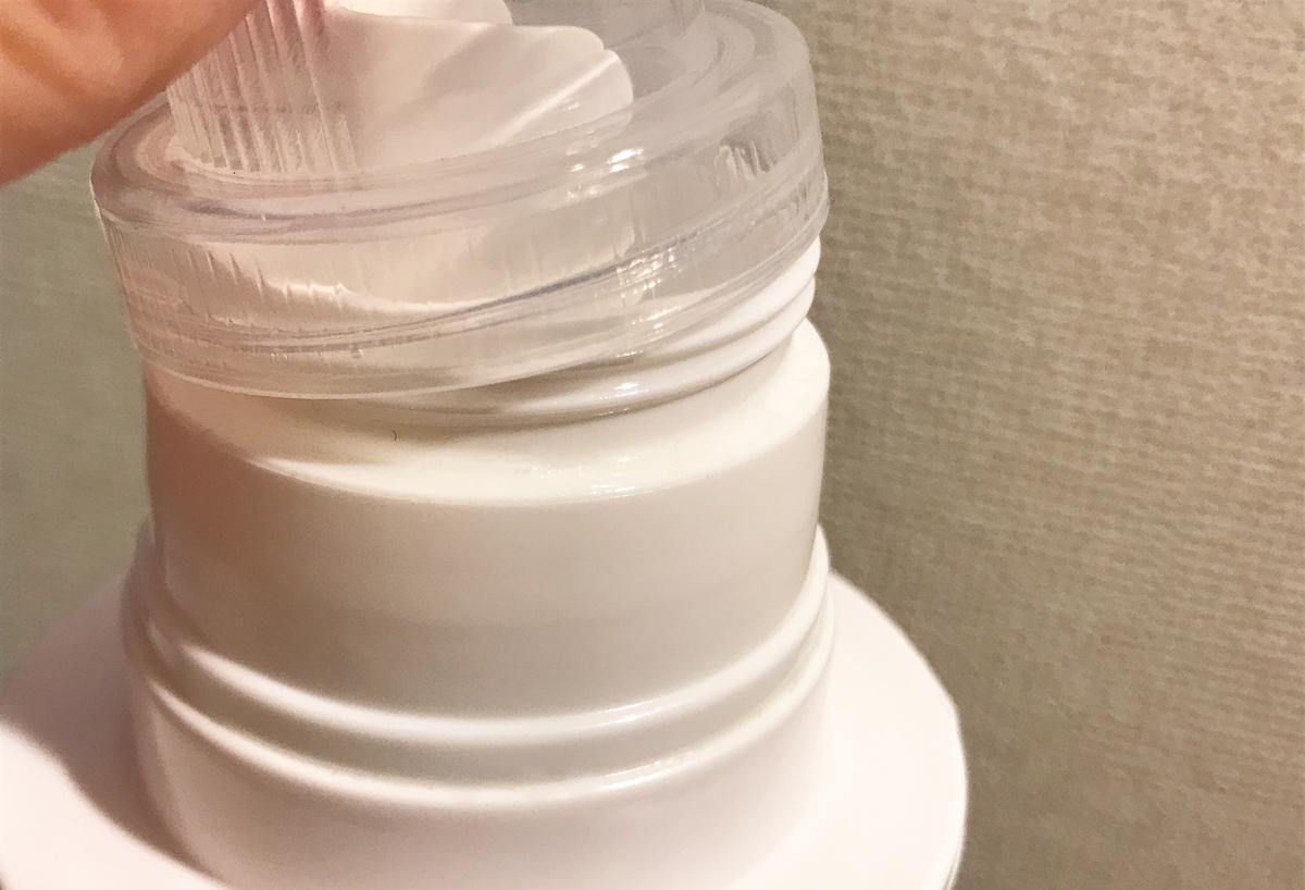 ニトリの洗濯洗剤詰め替えボトルは液だれでべちょべちょ
