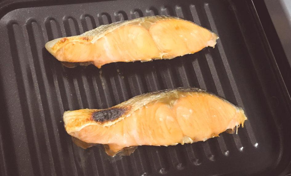 高木金属のオーブントースター・トレーは魚を焼くのに超絶便利