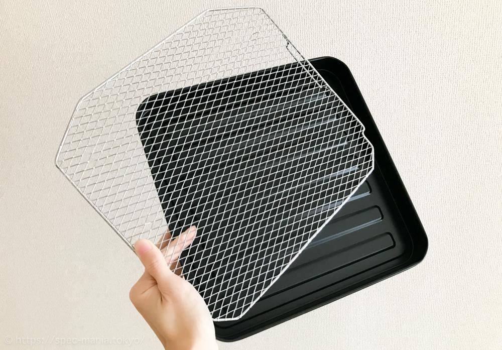 うまパントースターに付属のトレイと網